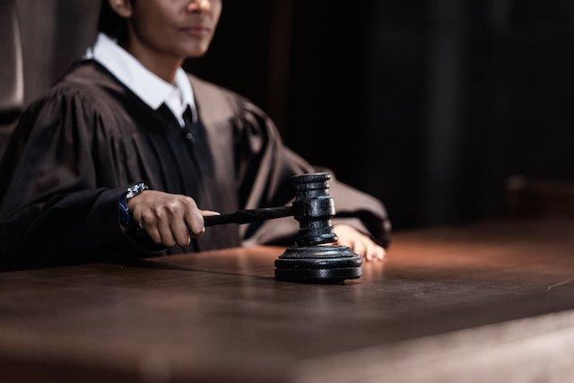 judge-law