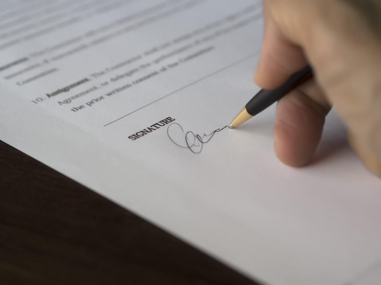 what can a landlord do if tenant breaks lease